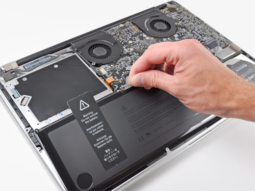 Macbook-can-thay-pin